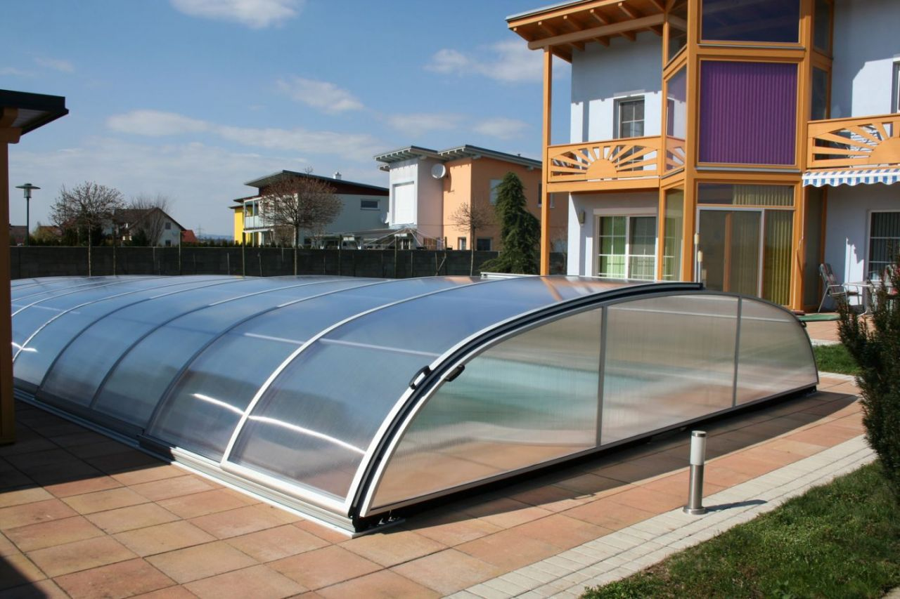 Prime Schwimmbeckenüberdachung Flat C