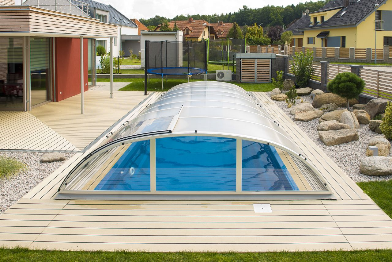 Schwimmbecken-Überdachung Dresden 330 Clear